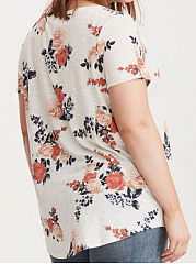 V-Neck  Printed  Short Sleeve Plus Size Tops