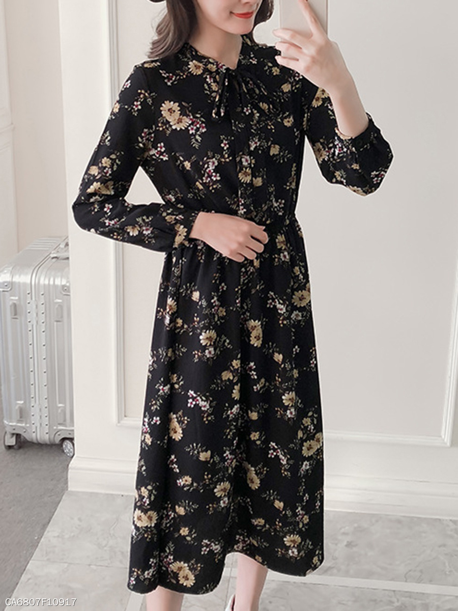 Tie Collar  Elastic Waist  Printed Maxi Dress