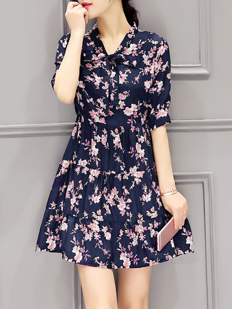Cute Tie Collar Floral Printed Skater Dress