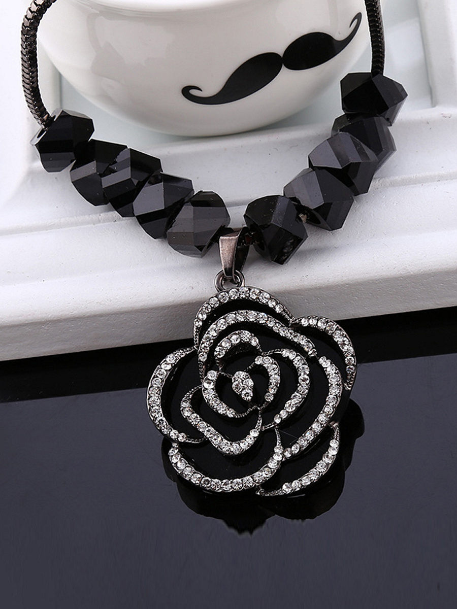 Black Rose Pendant Bead Necklace