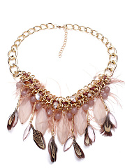 Gold-Chain-Feather-Fringe-Necklace