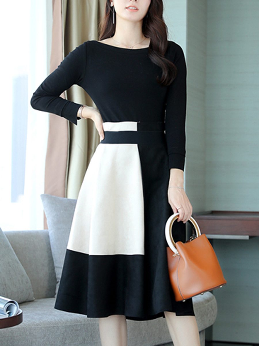 Boat Neck T-Shirt And Color Block Flared Skirt