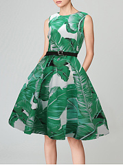 Green Elegant Round Neck  Patch Pocket  Print Skater Dress