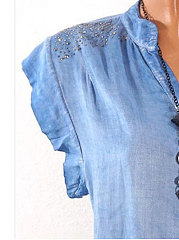 Spring  Polyester  Women  V-Neck  Plain  Extra Short Sleeve Blouses