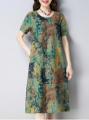 Round Neck  Patch Pocket  Print Shift Dress