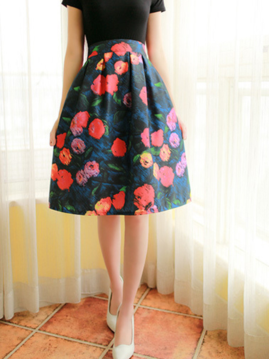 Distinctive Floral Printed Flared Midi Skirt