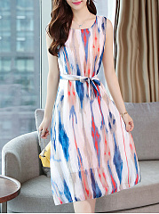 Round Neck  Belt  Printed Shift Dress