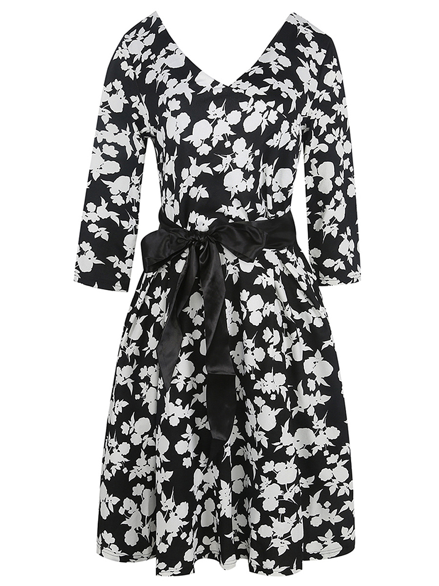 Elegant V-Neck Belt Floral Printed Skater Dress