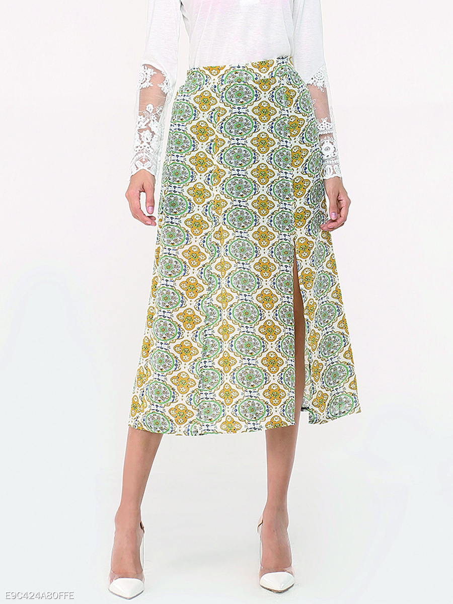 Assorted Colors Floral Printed Side Split Loose Fitting Courtly Midi-skirt