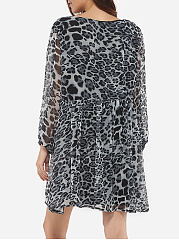 Loose Fitting Round Neck Chiffon Leopard Skater-dress
