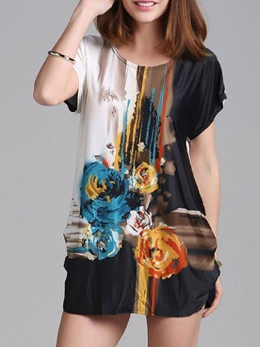 Floral Printed Loose Fitting Round Neck Short Sleeve T-Shirt