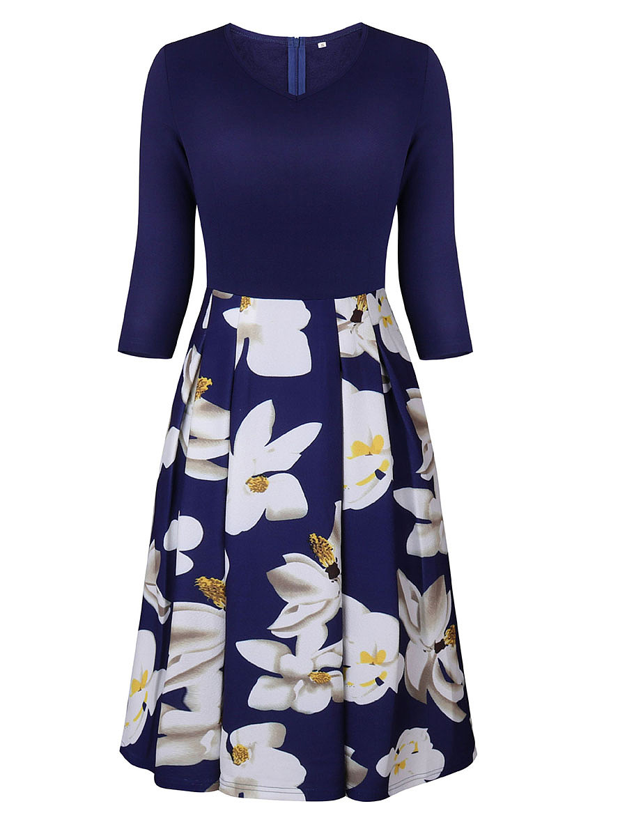 Courtly Floral Printed V-Neck Skater Dress