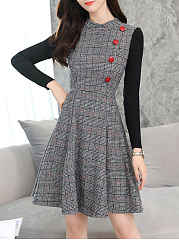 Round Neck  Decorative Button  Plaid Skater Dress