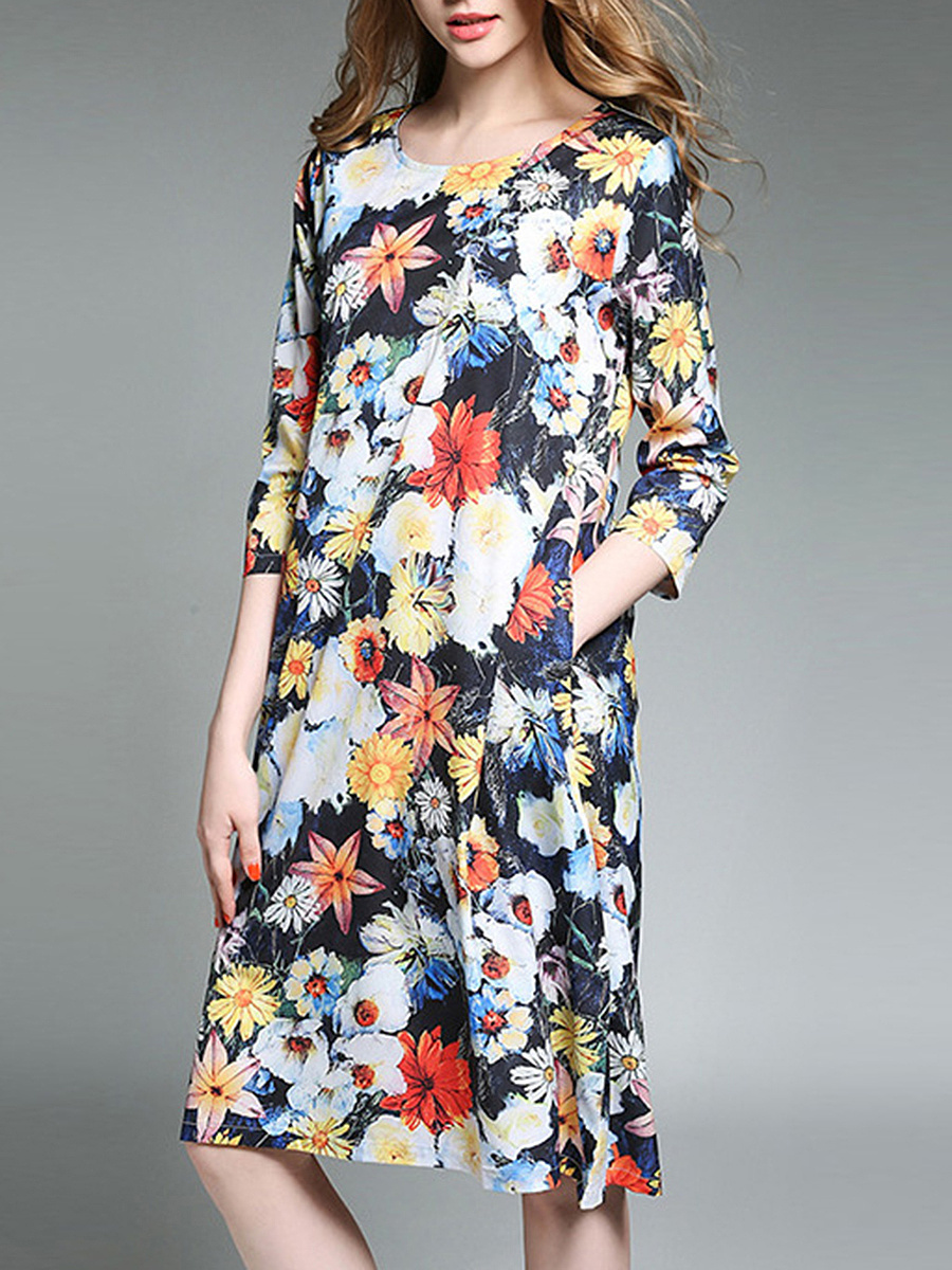 Round Neck Floral Printed Pocket Shift Dress