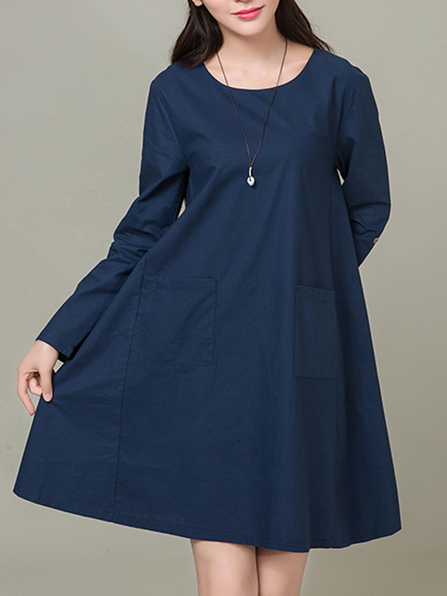 Round Neck Patch Pocket Plain Shift Dress