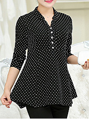 Autumn Spring  Cotton  Women  V-Neck  Decorative Button  Polka Dot Long Sleeve T-Shirts