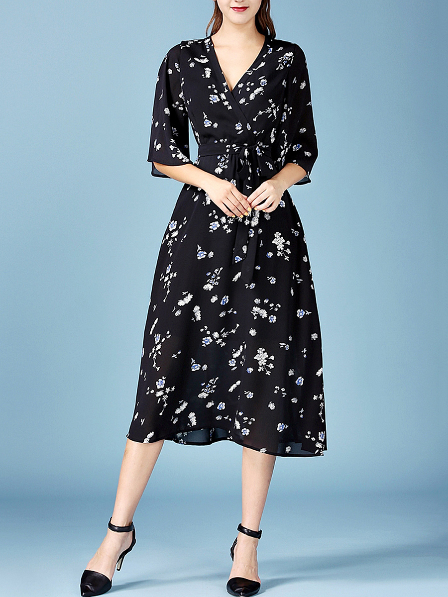 Deep V-Neck  Printed  Chiffon Bell Sleeve Maxi Dress