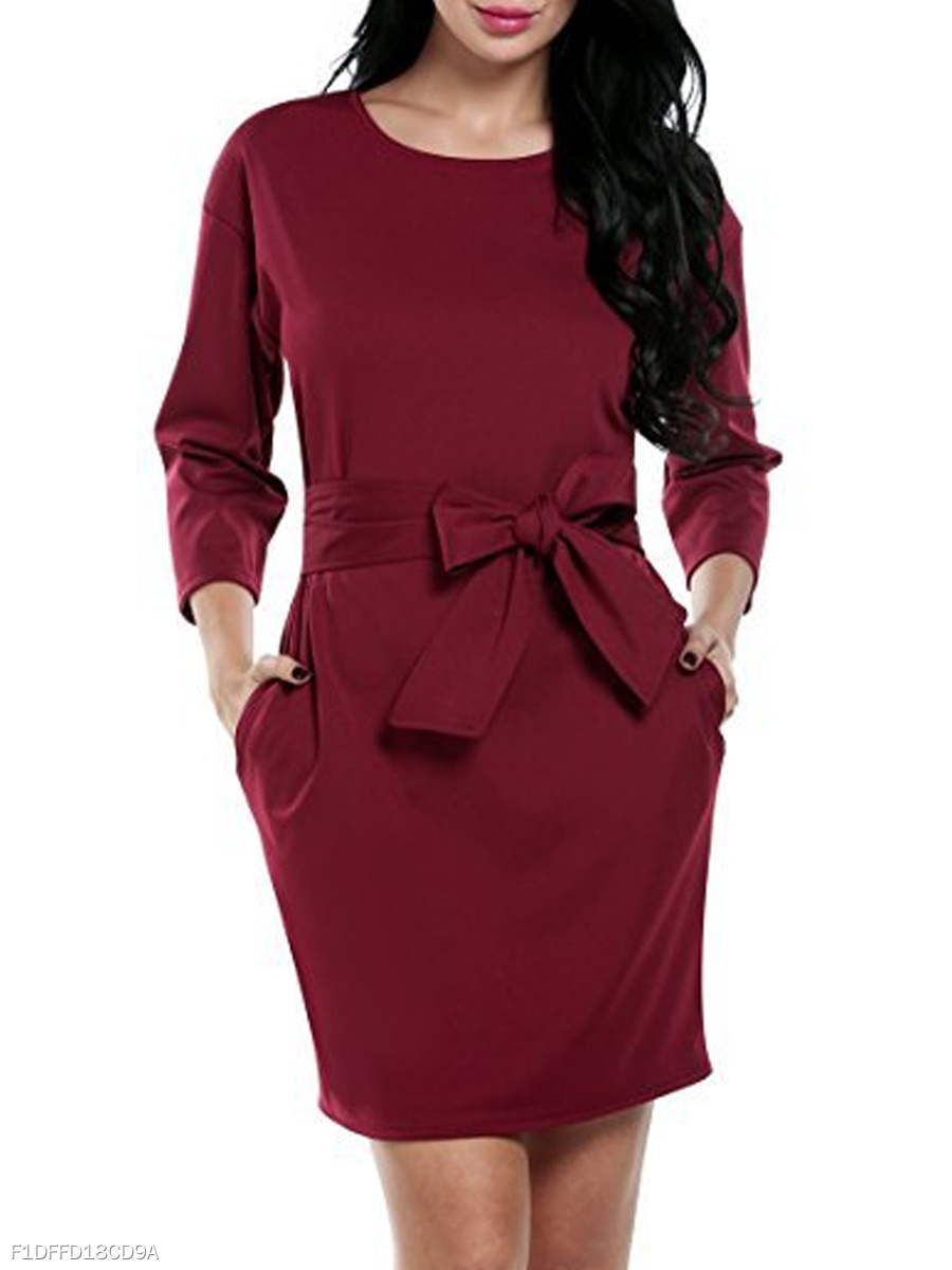 Round Neck  Patch Pocket  Plain Bodycon Dress