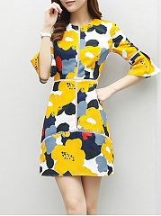 Round Neck  Patchwork  Floral Printed  Bell Sleeve Shift Dress