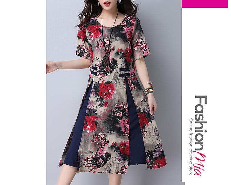 Round Neck  Slit  Floral Printed Skater Dress