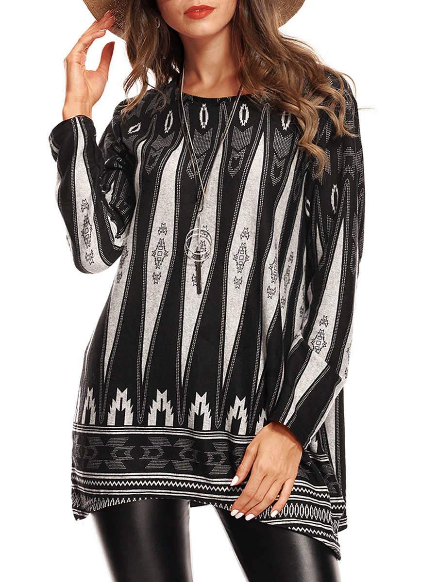 Round Neck  Asymmetric Hem Contrast Trim  Geometric Long Sleeve T-Shirt